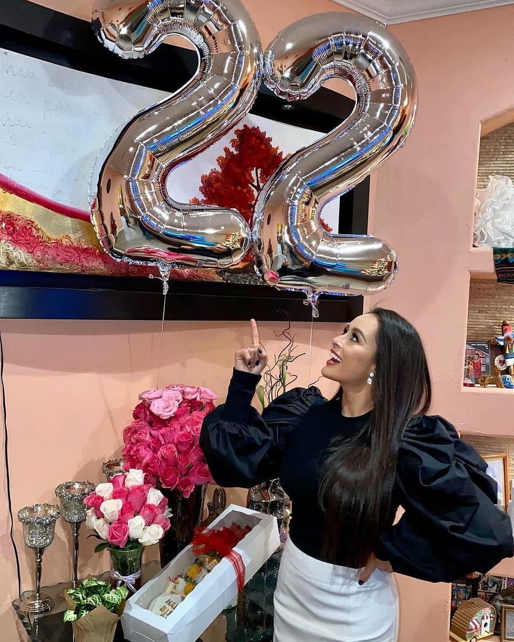 ashley alvidrez, top 12 de miss world 2019. - Página 11 13201110