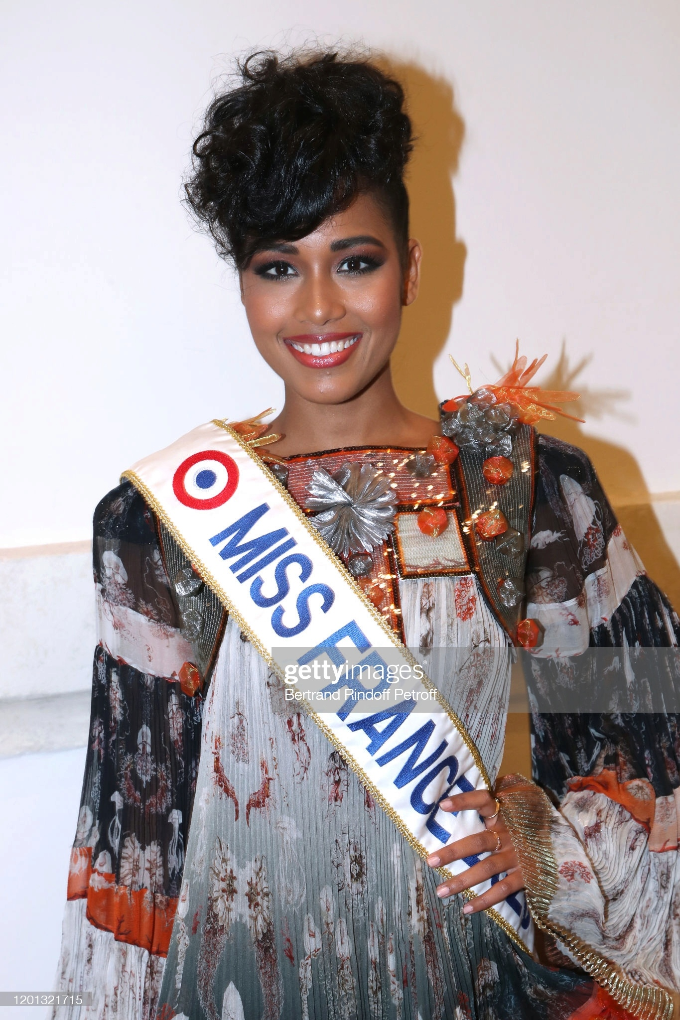 clemence botino, candidata a miss universe 2021. - Página 2 13504381