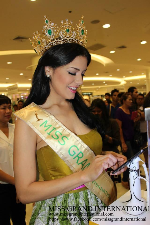 janelee chaparro, miss grand international 2013. - Página 4 14522010