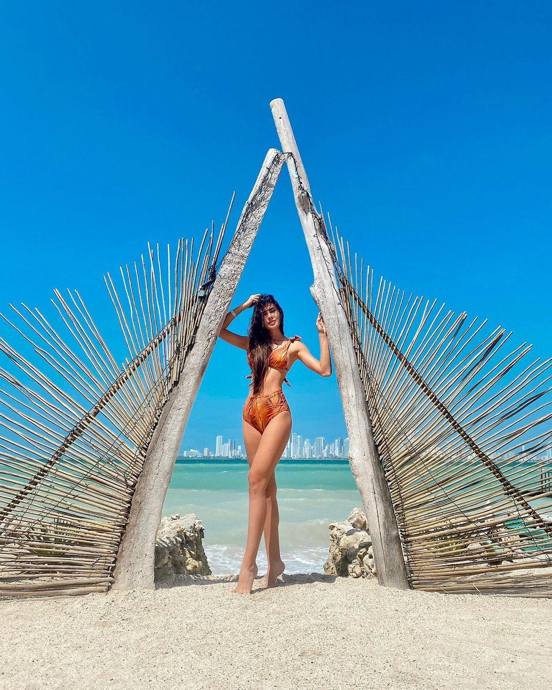 alejandra salazar, miss international colombia 2021. - Página 2 14986810