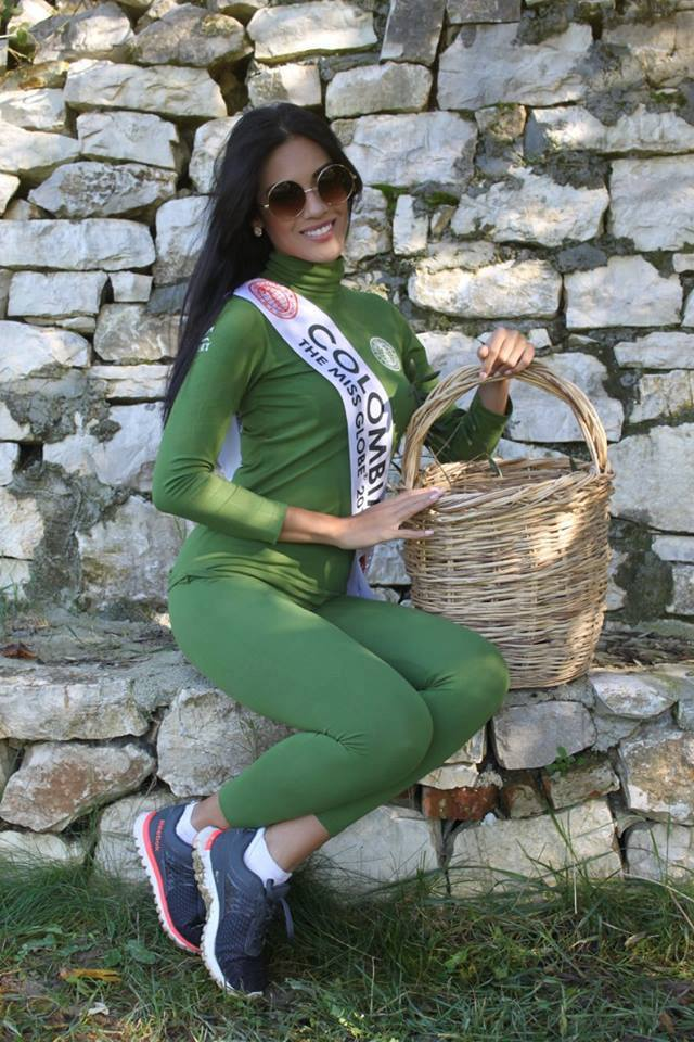 yenny katherine carrillo, top 20 de miss earth 2019/reyna mundial banano 2017. - Página 2 15193610