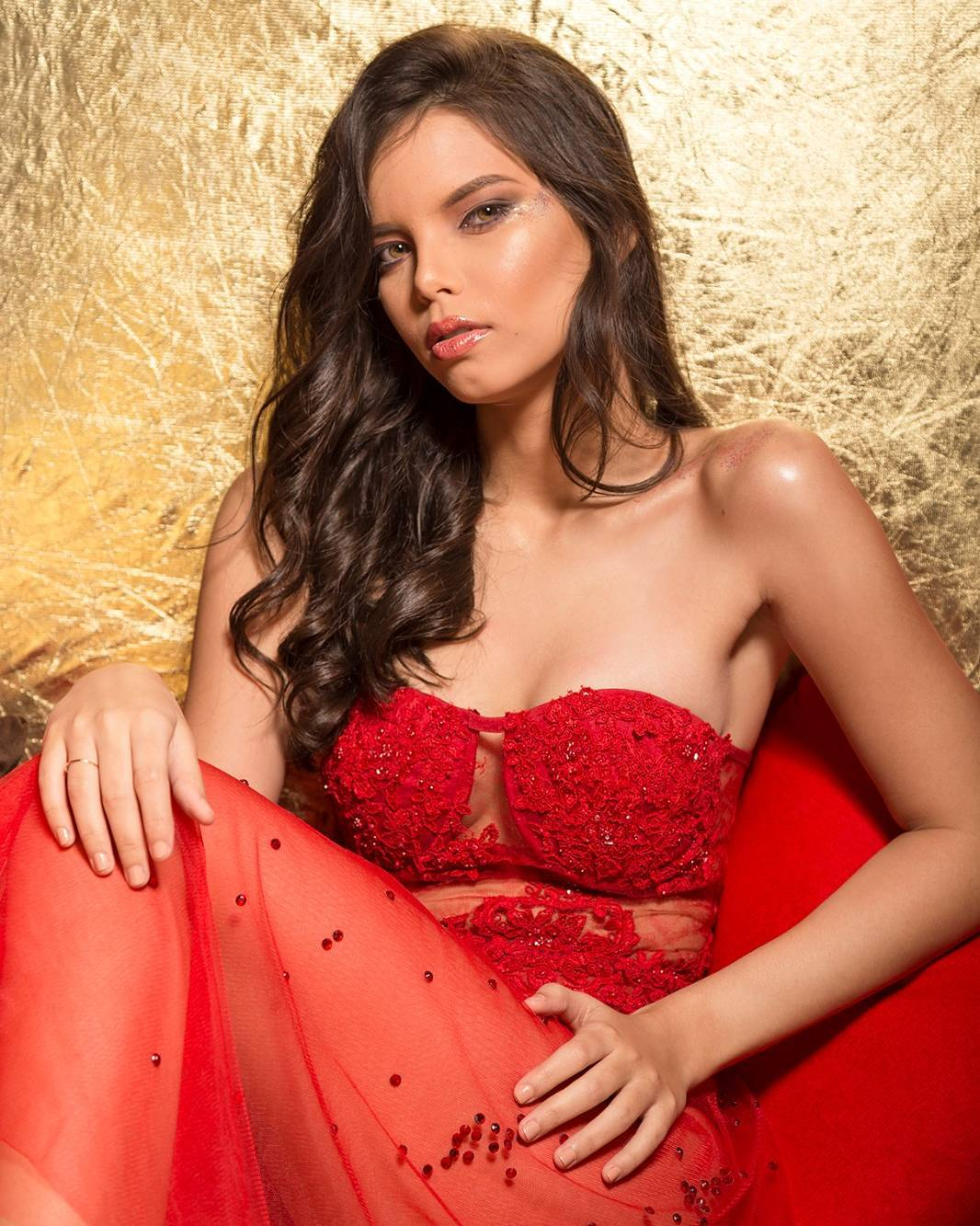 yaiselle tous, miss supranational colombia 2019. - Página 4 15535510