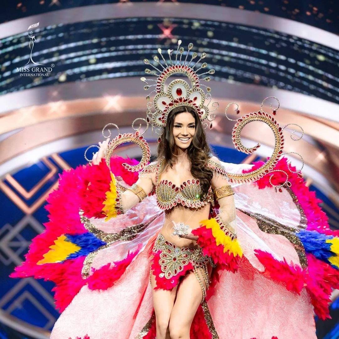 maricielo gamarra, top 21 de miss grand international 2020. - Página 12 16358810