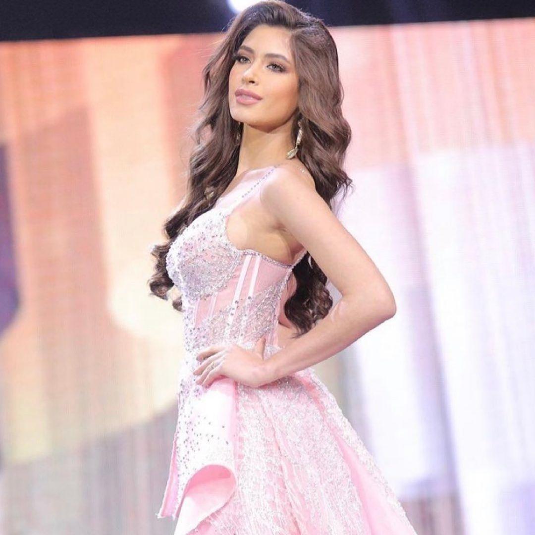 angela leon yuriar, top 21 de miss grand international 2020. - Página 31 16411211