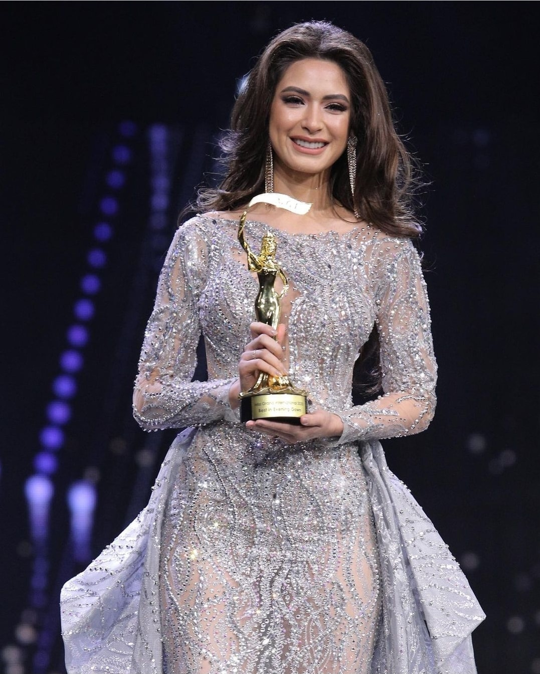 angela leon yuriar, top 21 de miss grand international 2020. - Página 31 16616410