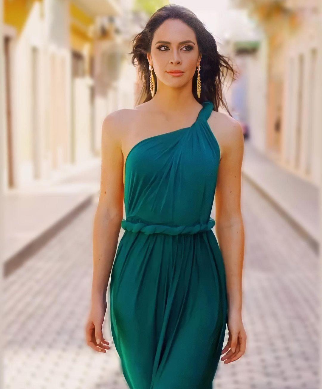 estefania soto, miss universe puerto rico 2020. - Página 14 16767510