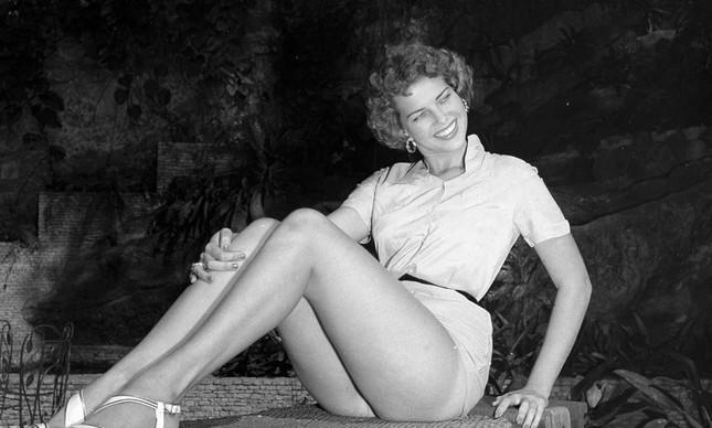 martha rocha, top 2 de miss universe 1954. primeira brasileira a participar de miss universe.†  - Página 3 20364910