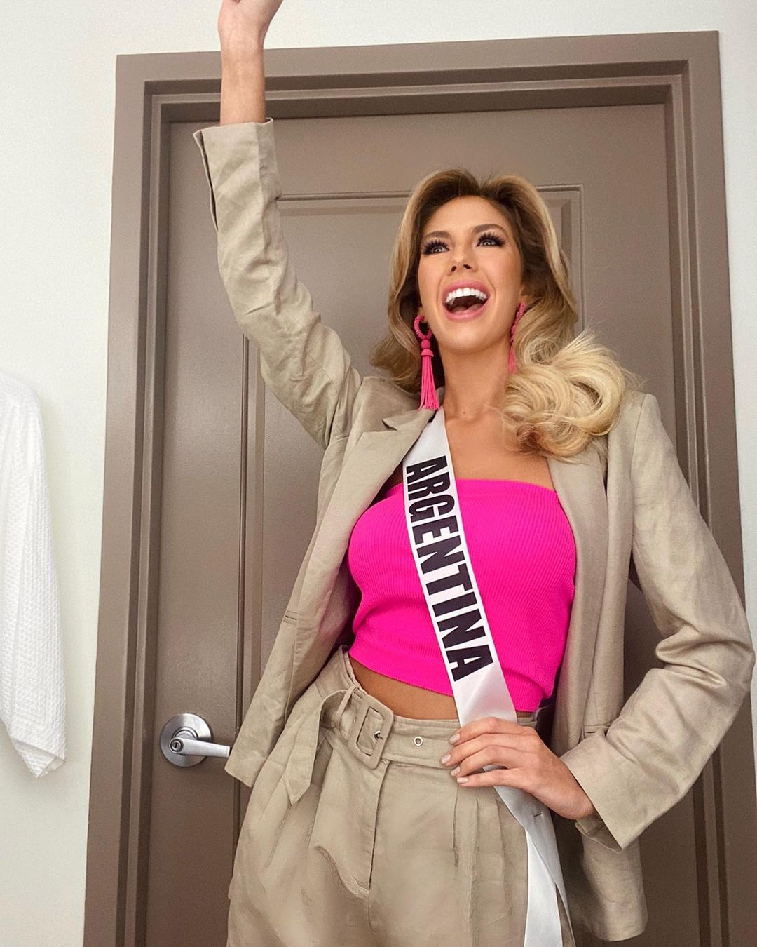 alina akselrad, top 21 de miss universe 2020. - Página 12 20750212