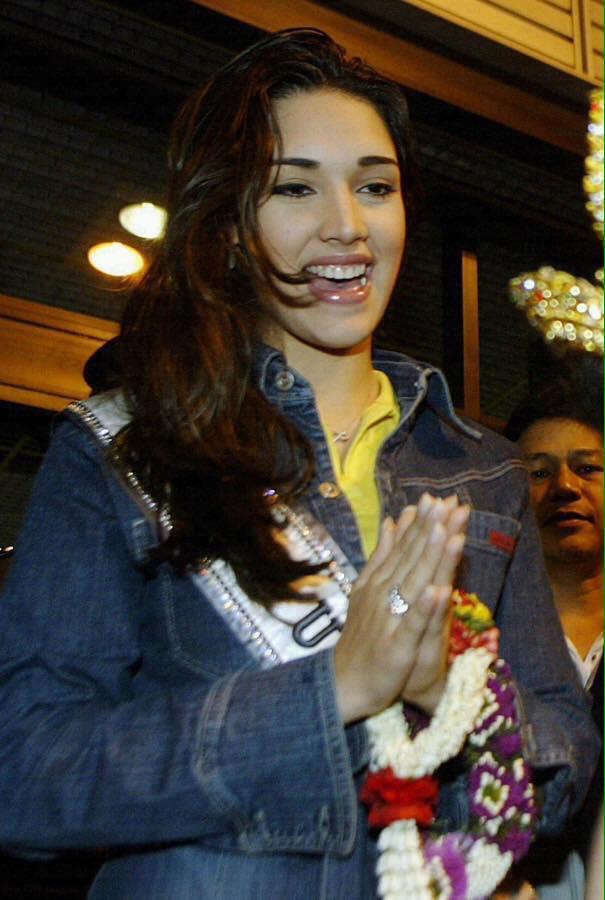 ════ ∘◦❁◦∘ ════ Amelia Vega, Miss Universe 2003. ════ ∘◦❁◦∘ ════ - Página 11 20953110