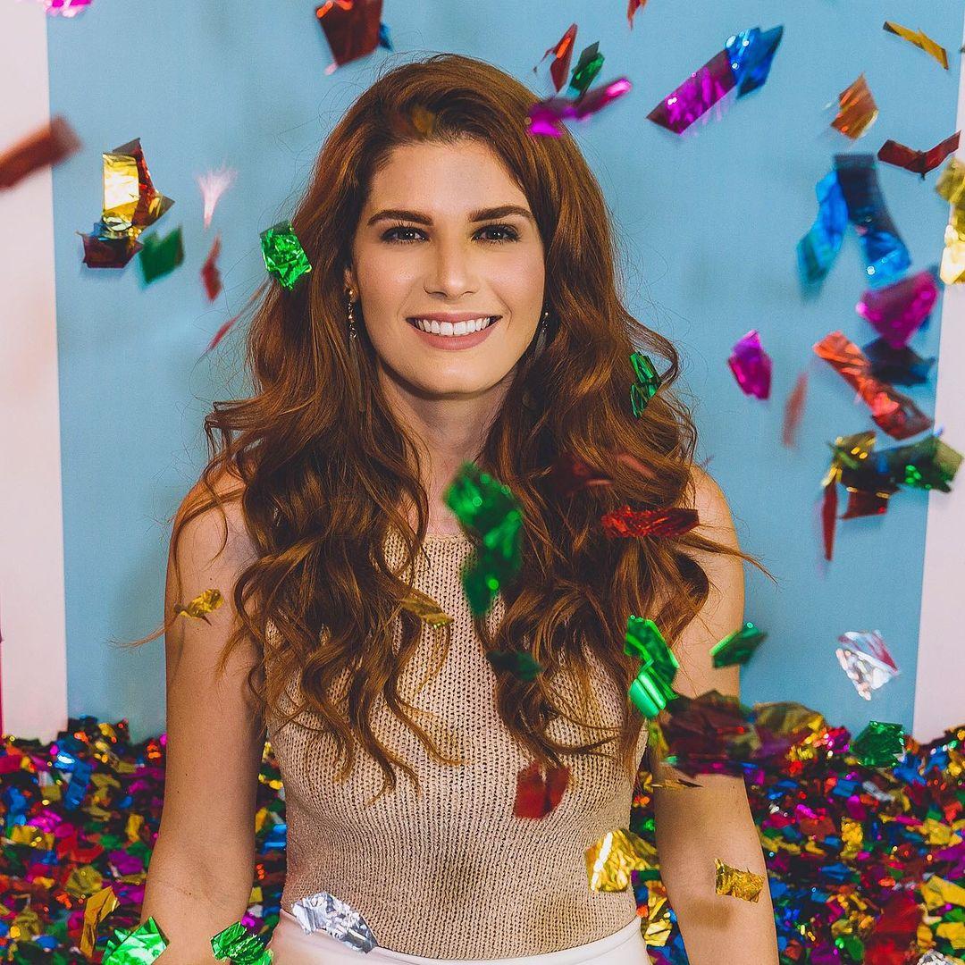 michelle valle, top 10 de miss brasil mundo 2019. - Página 2 21395315