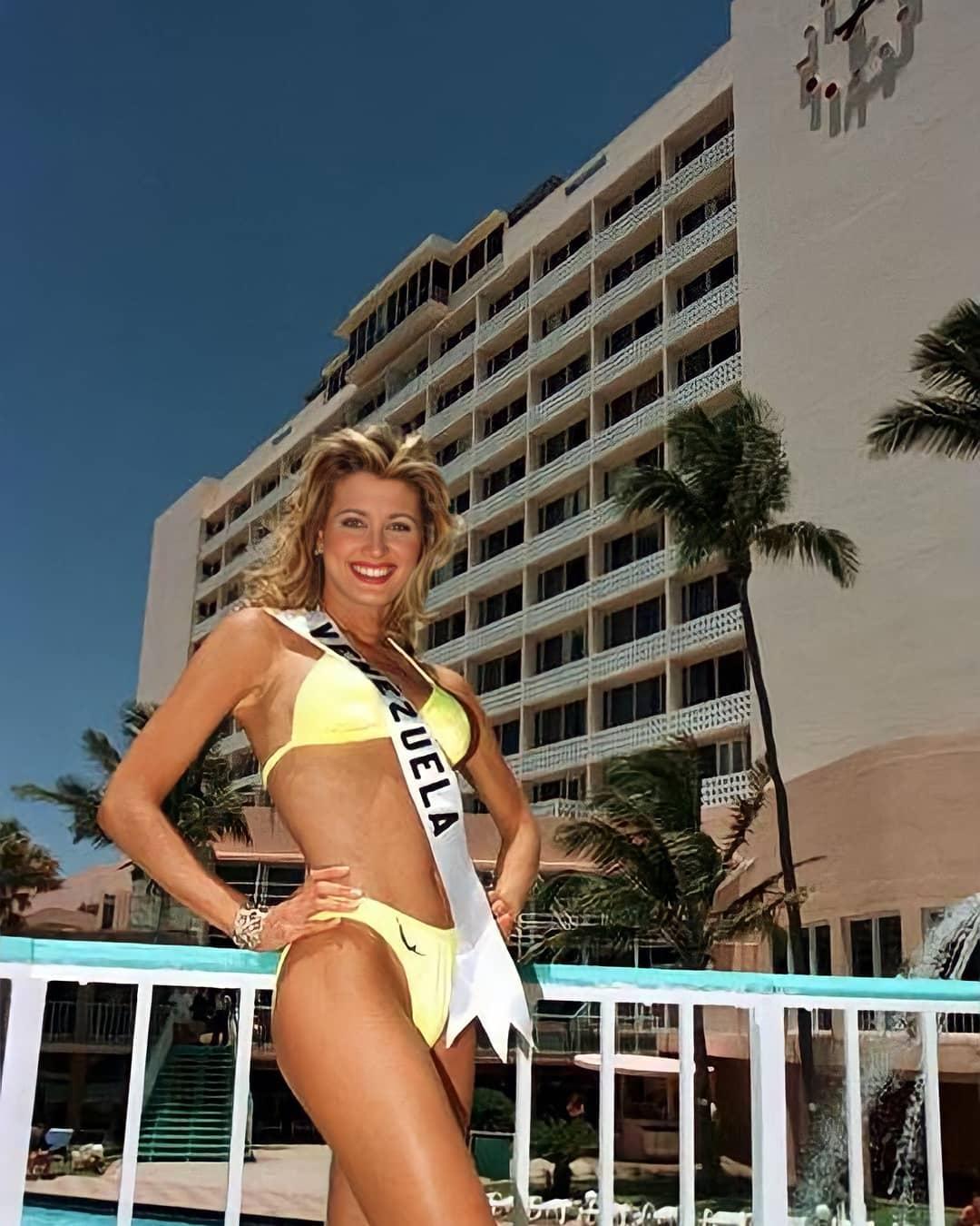 marena bencomo, 1st runner-up de miss universe 1997.  22145010