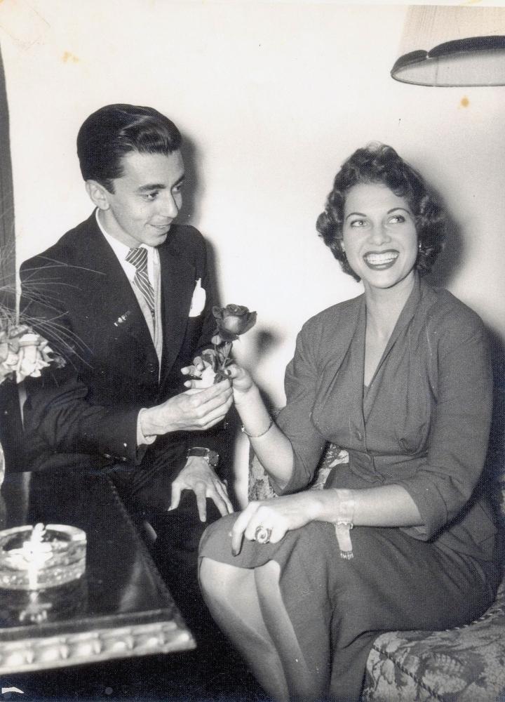 martha rocha, top 2 de miss universe 1954. primeira brasileira a participar de miss universe.†  - Página 4 221e0d10