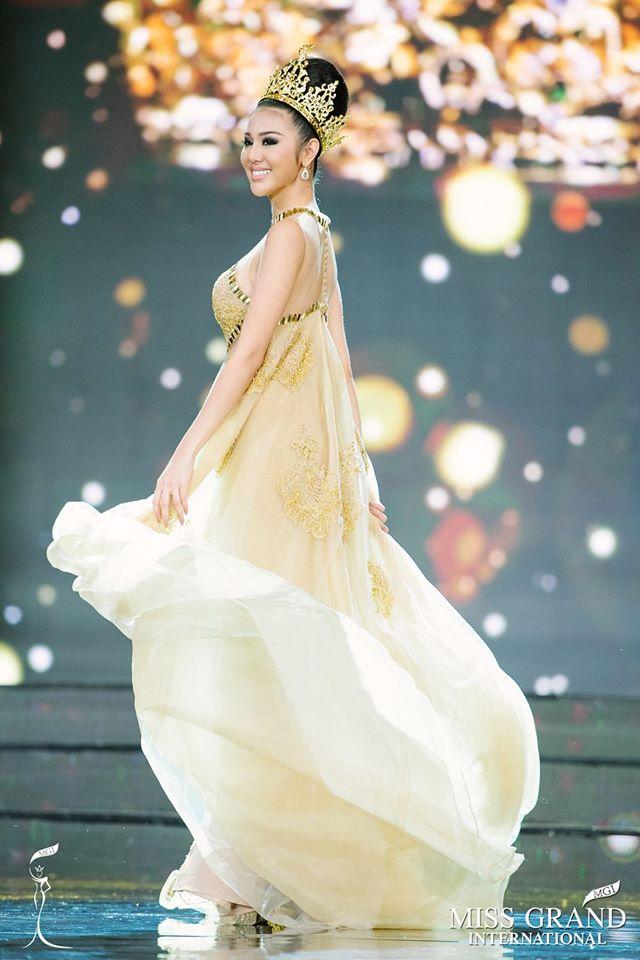 ariska putri, miss grand international 2016. - Página 2 22792510