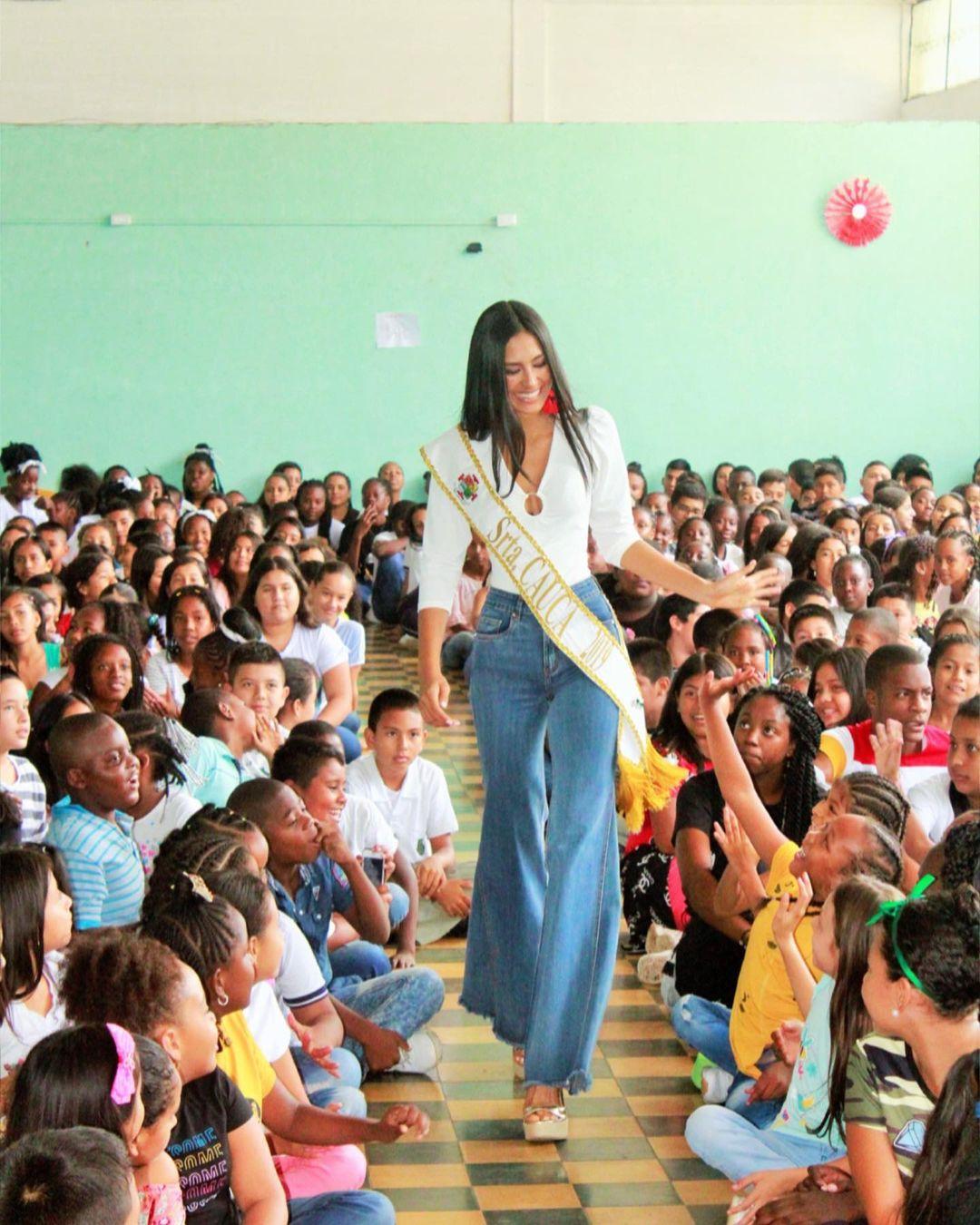 valentina aldana, miss supranational colombia 2021. - Página 4 22821318
