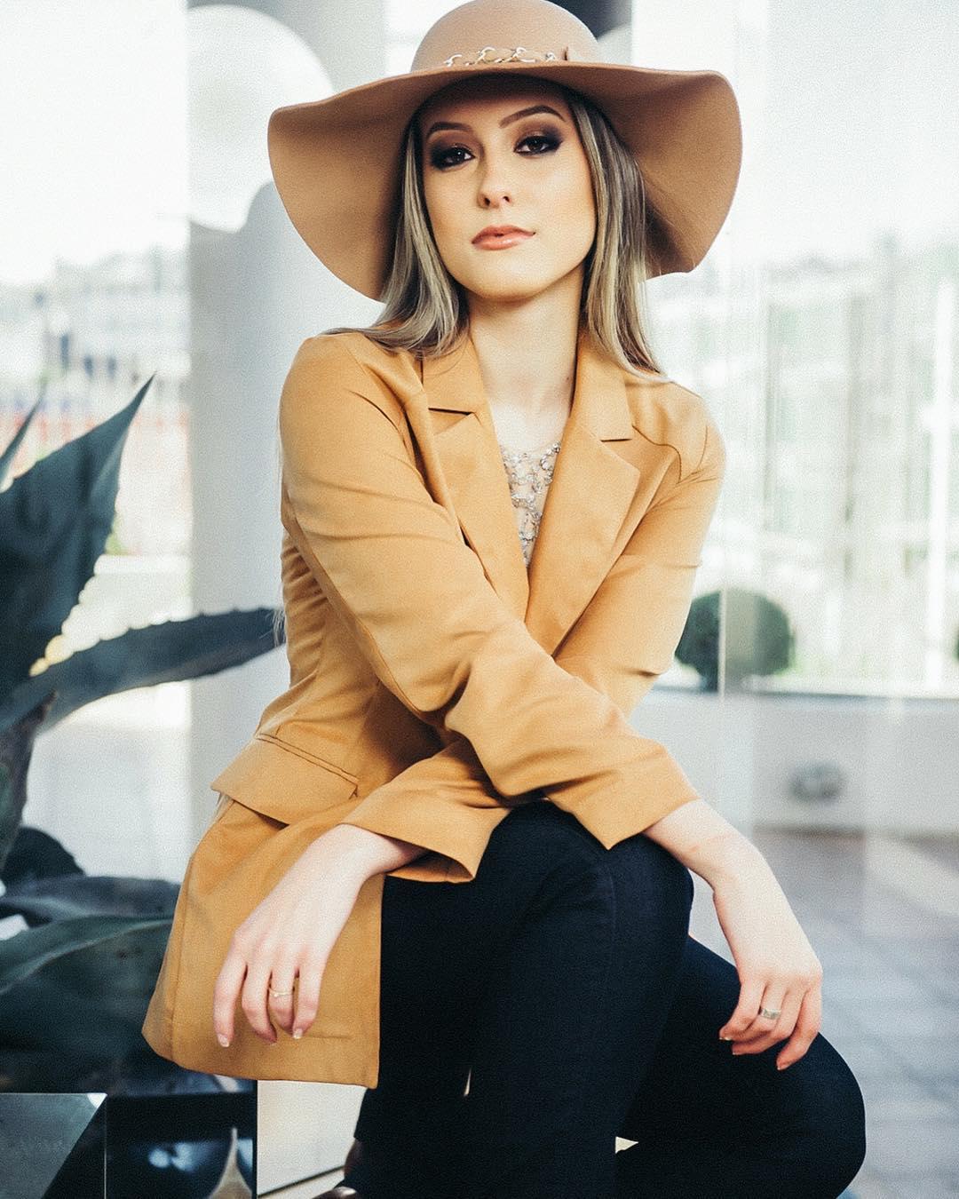 cristine boff sartor, segunda finalista de miss latinoamerica 2019. 22860210