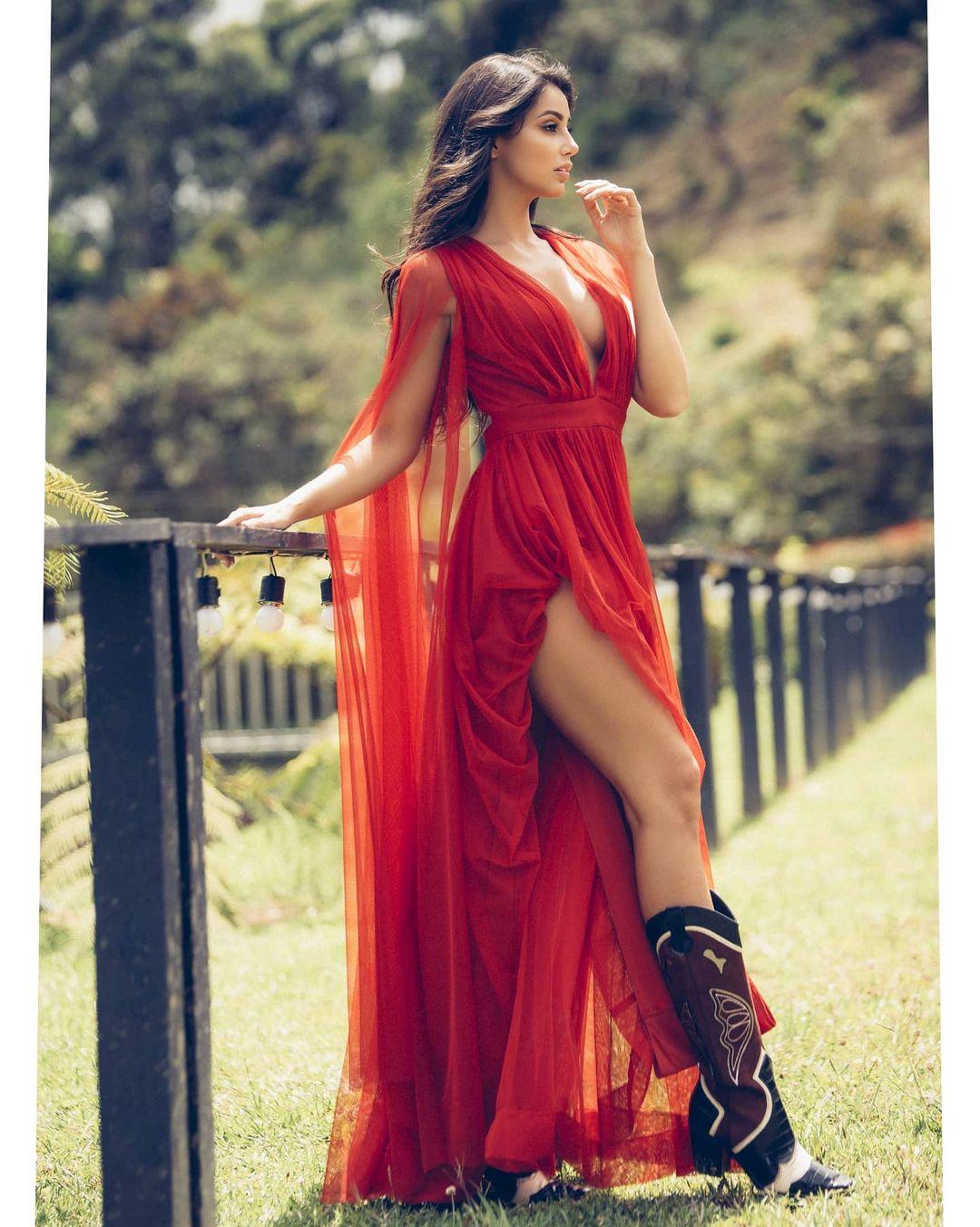 andrea aguilera, miss world colombia 2021. - Página 4 22907710