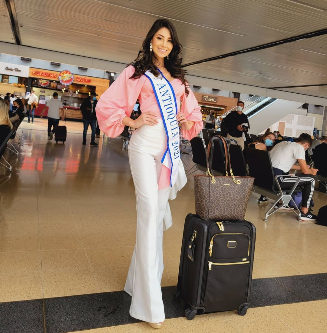 andrea aguilera, miss world colombia 2021. - Página 4 22907810