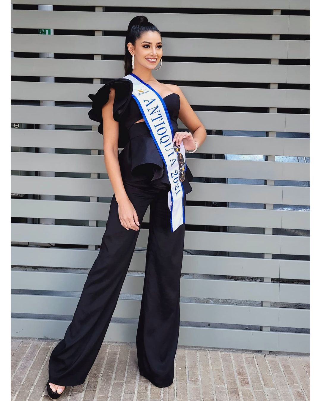 andrea aguilera, miss world colombia 2021. - Página 4 22907910