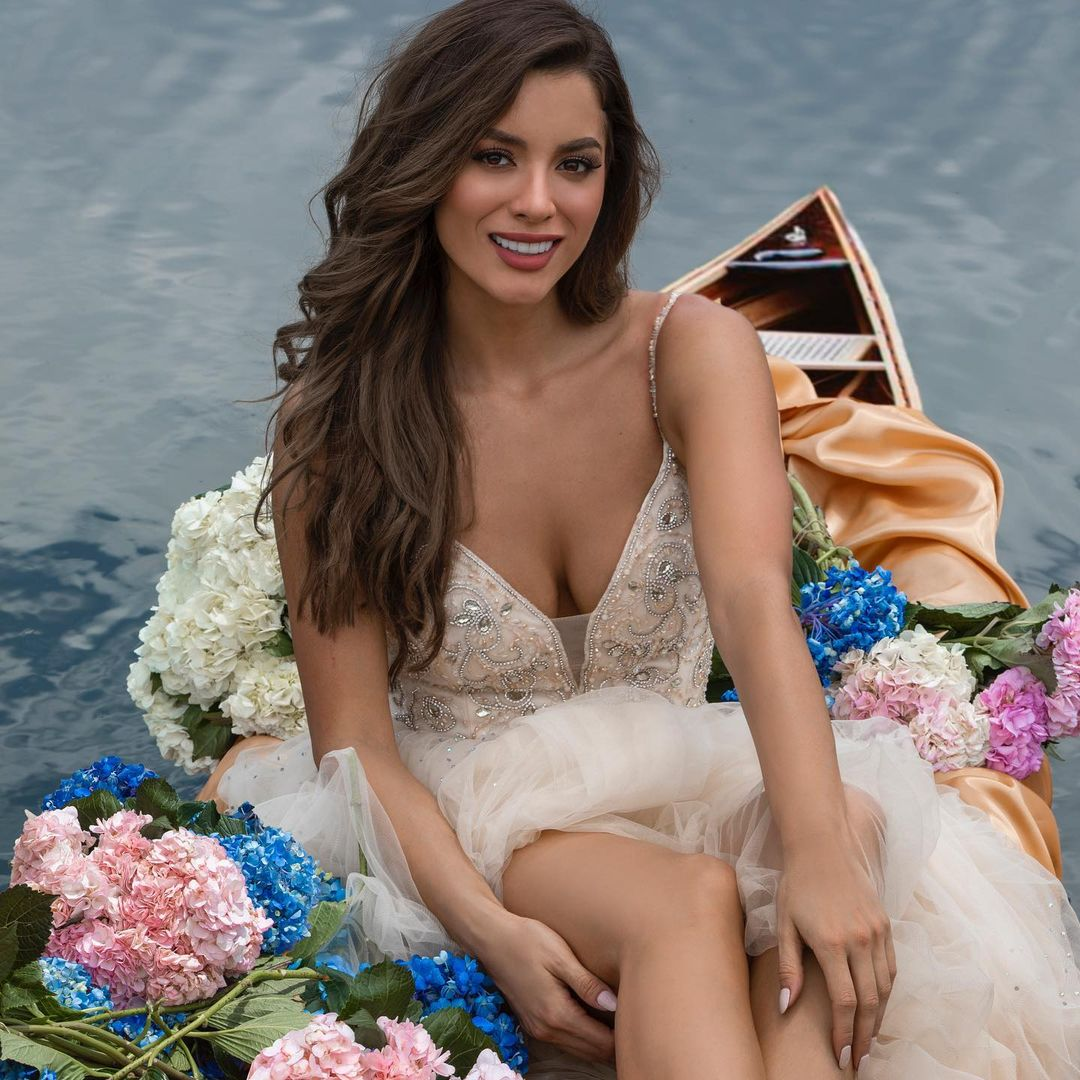maria alejandra lopez perez, miss universe risaralda 2021/reyna hispanoamericana 2013/miss caraibes hibiscus 2014/miss colombia mundo 2015. 23242210