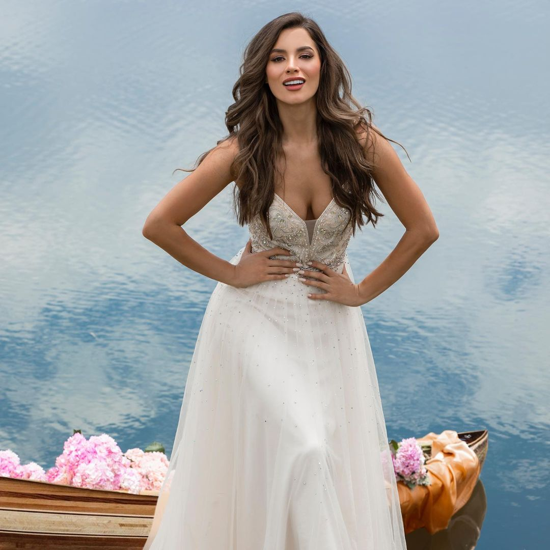 maria alejandra lopez perez, miss universe risaralda 2021/reyna hispanoamericana 2013/miss caraibes hibiscus 2014/miss colombia mundo 2015. 23242212