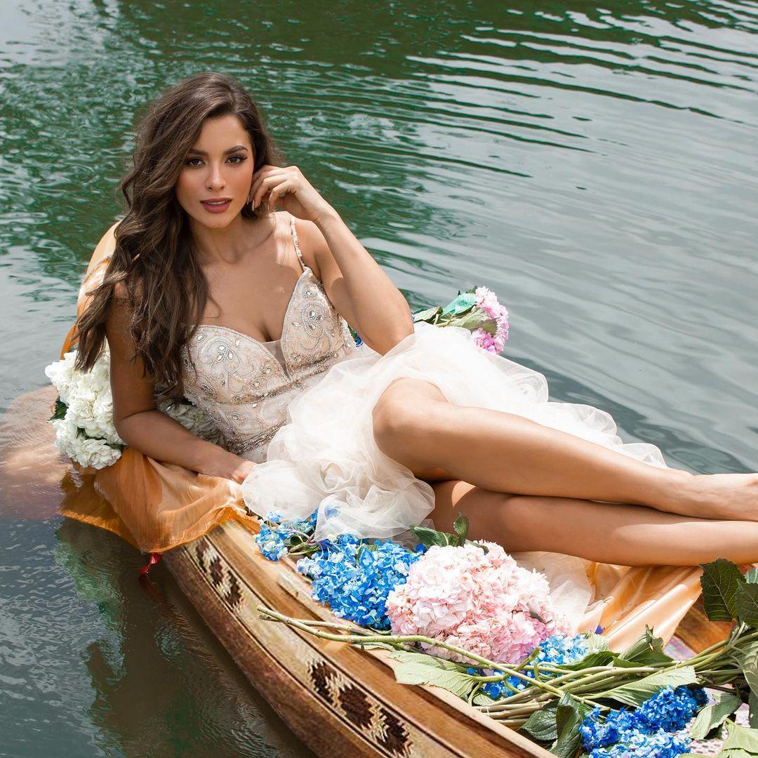 maria alejandra lopez perez, miss universe risaralda 2021/reyna hispanoamericana 2013/miss caraibes hibiscus 2014/miss colombia mundo 2015. 23242310