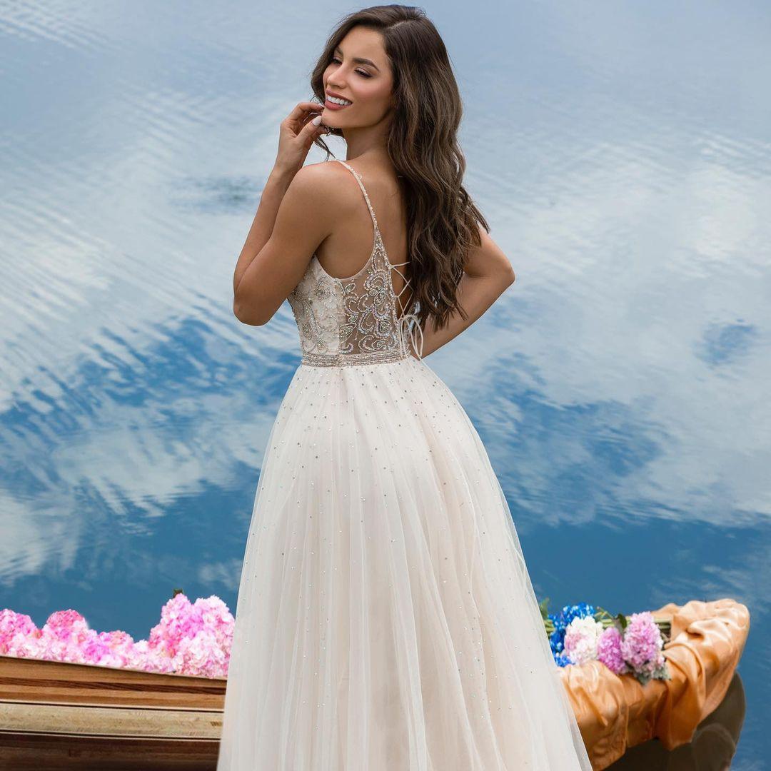 maria alejandra lopez perez, miss universe risaralda 2021/reyna hispanoamericana 2013/miss caraibes hibiscus 2014/miss colombia mundo 2015. 23242314