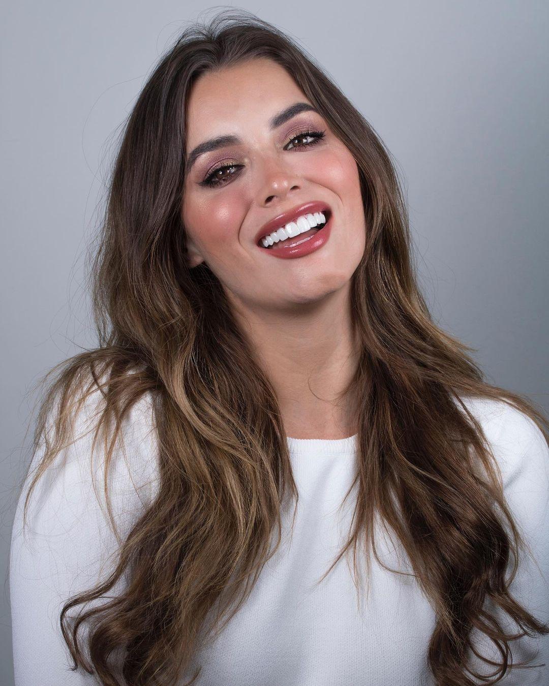 maria alejandra lopez perez, miss universe risaralda 2021/reyna hispanoamericana 2013/miss caraibes hibiscus 2014/miss colombia mundo 2015. 23242319