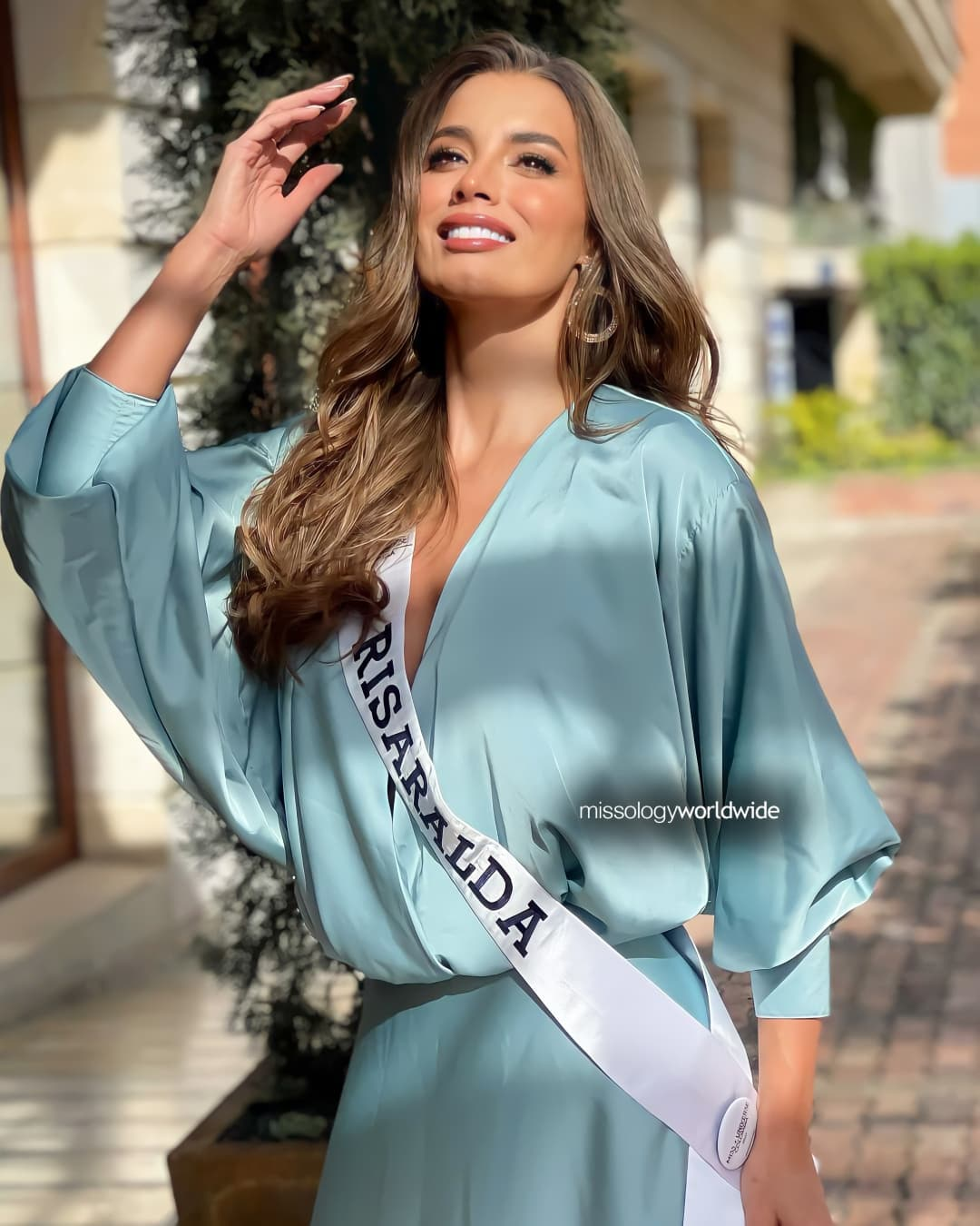 maria alejandra lopez perez, miss universe risaralda 2021/reyna hispanoamericana 2013/miss caraibes hibiscus 2014/miss colombia mundo 2015. - Página 2 23651813