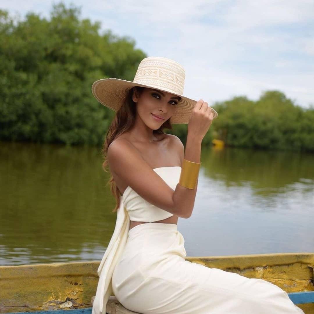 valeria ayos bossa, miss universe colombia 2021/miss water earth 2018. - Página 19 24056810