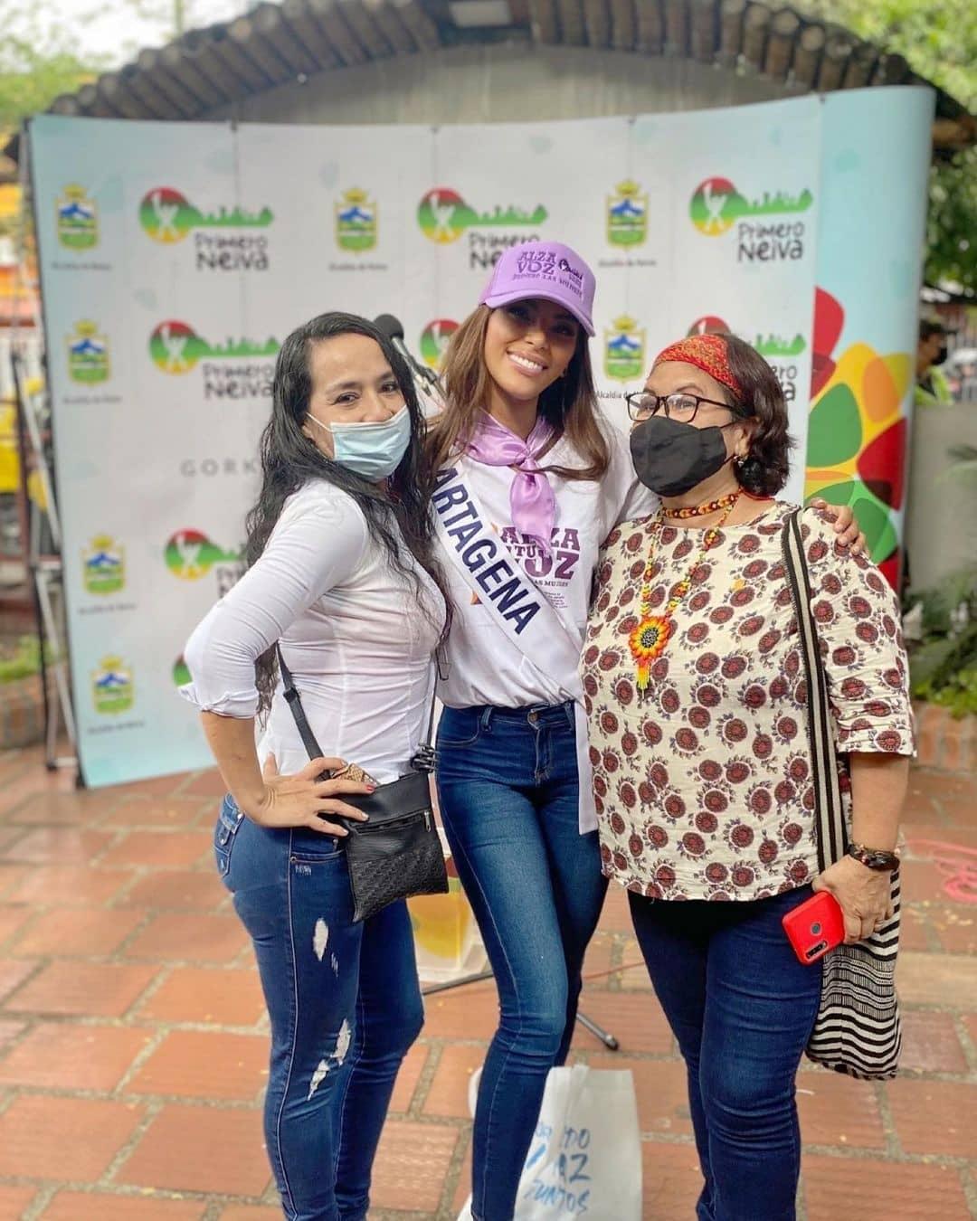 valeria ayos bossa, miss universe colombia 2021/miss water earth 2018. - Página 20 24068611
