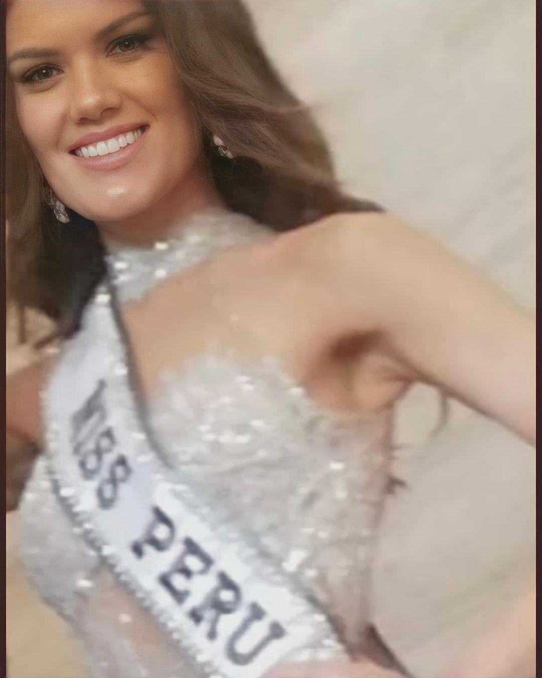yely rivera, miss peru 2021. 24087110