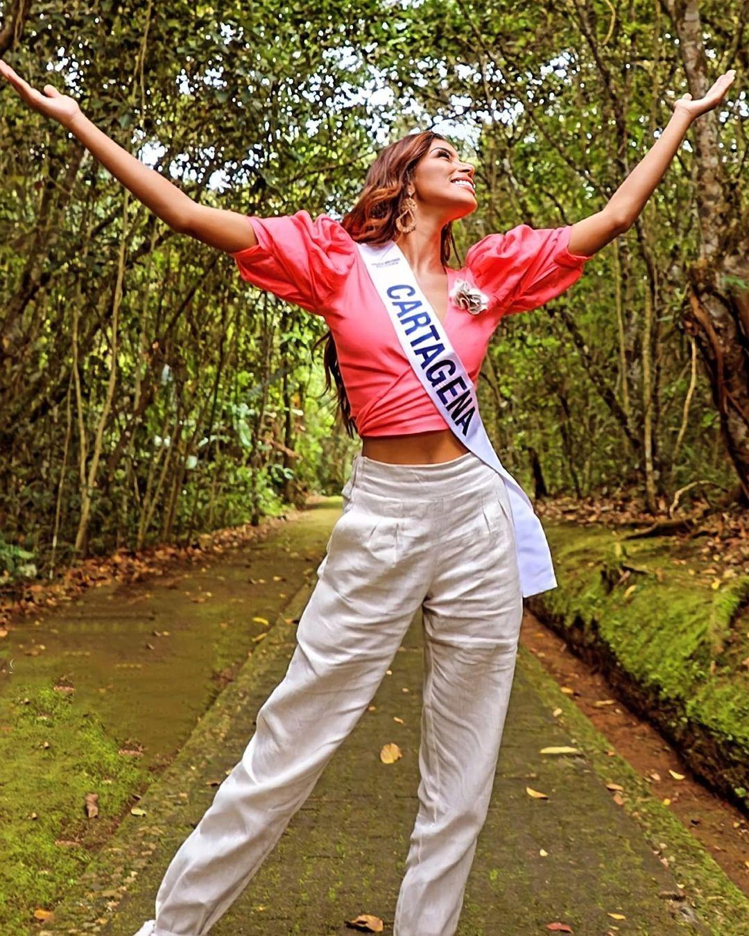 valeria ayos bossa, miss universe colombia 2021/miss water earth 2018. - Página 21 24146211