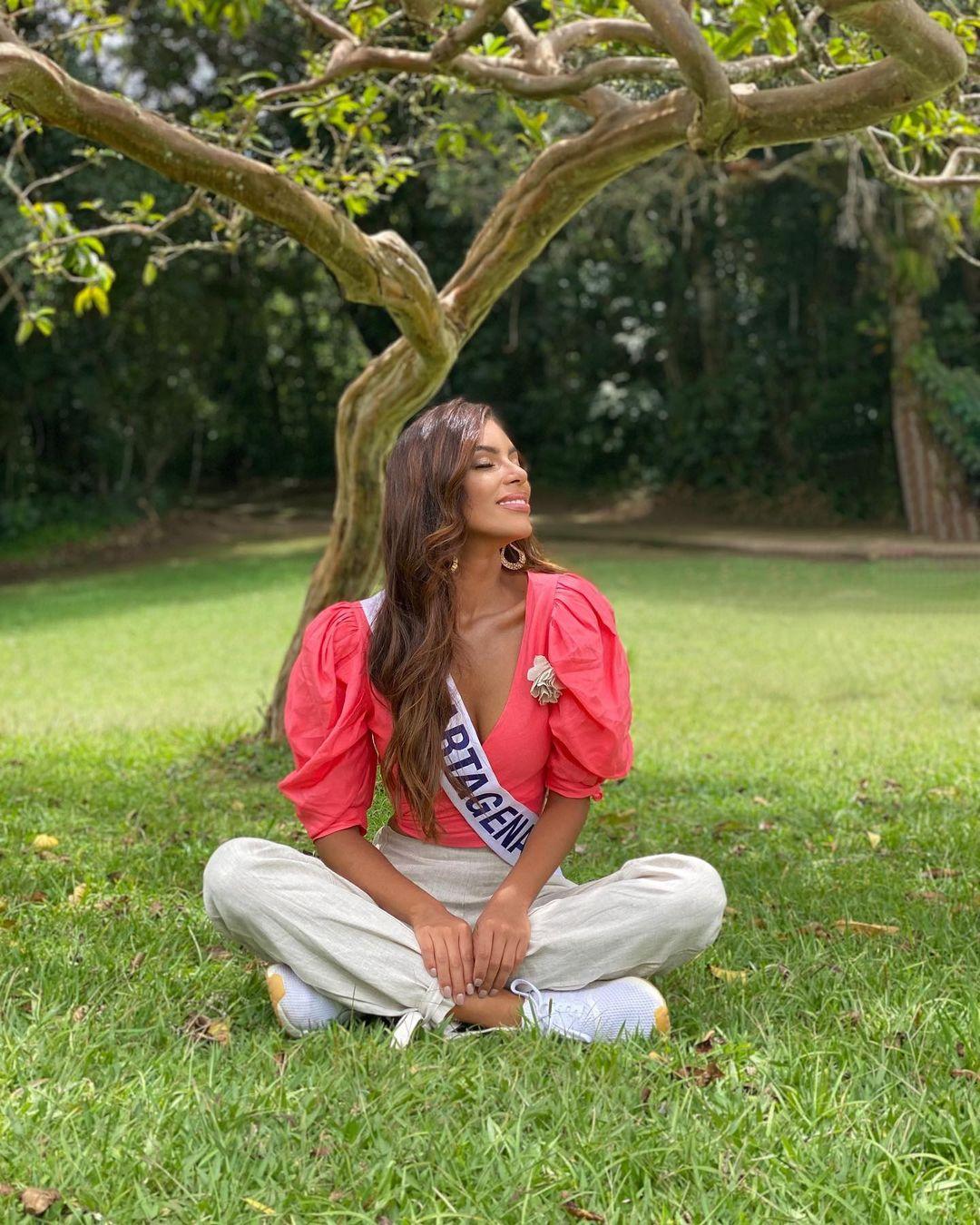valeria ayos bossa, miss universe colombia 2021/miss water earth 2018. - Página 21 24146212