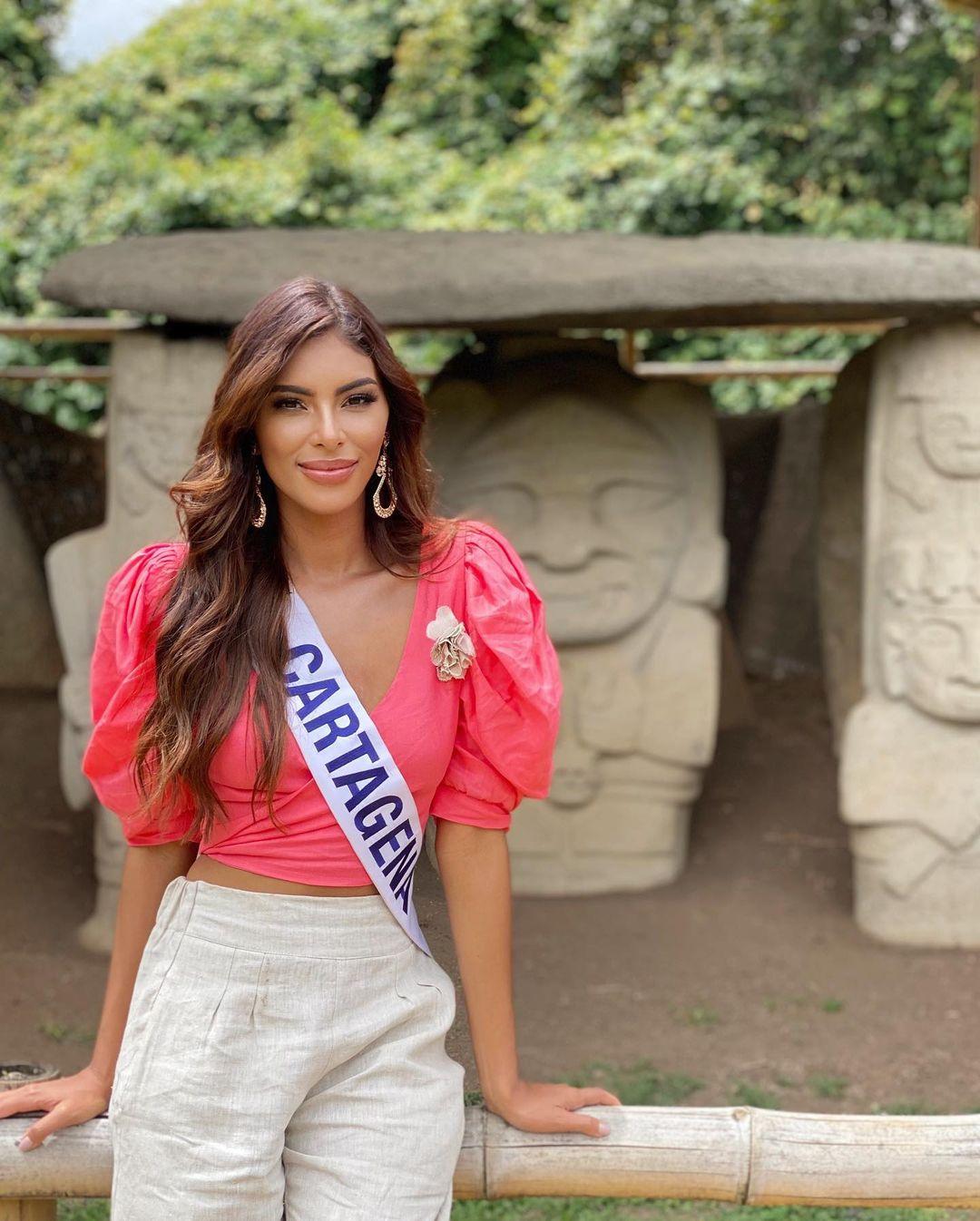 valeria ayos bossa, miss universe colombia 2021/miss water earth 2018. - Página 21 24146213