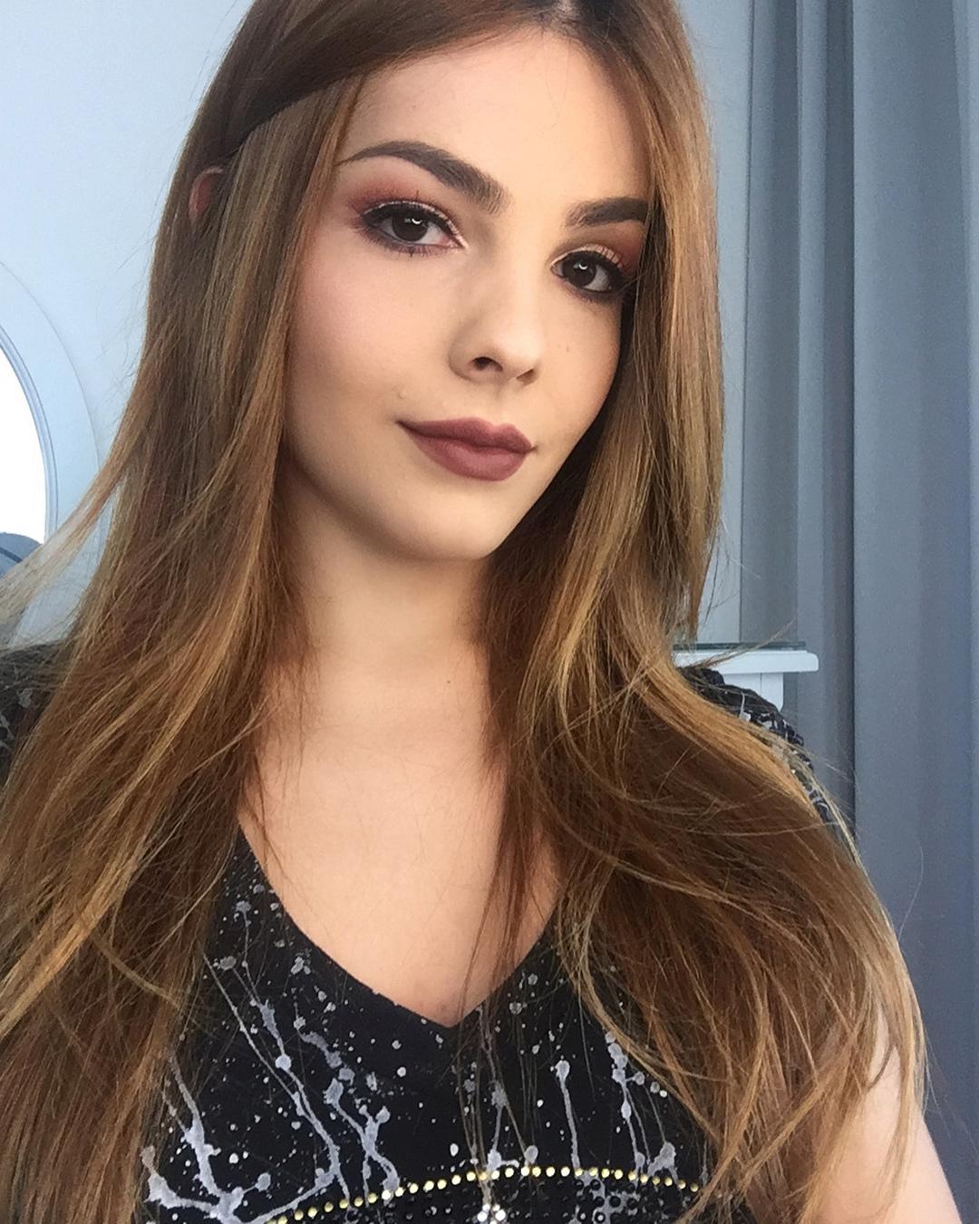 nathalie de oliveira, miss bom jardim 2019/1st runner-up de miss international queen 2016. - Página 3 36868510