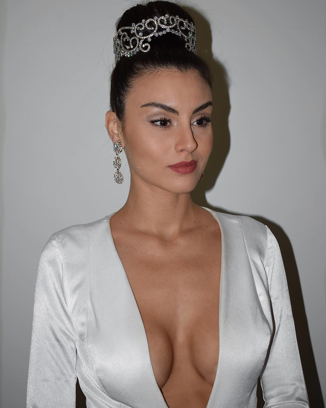 marjorie marcelle, top 5 de miss grand international 2019. - Página 2 40392411