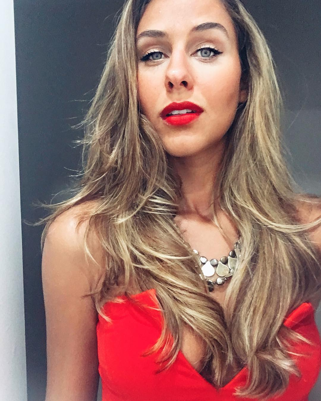 carolina stankevicius, miss brasil internacional 2019. - Página 3 41585210