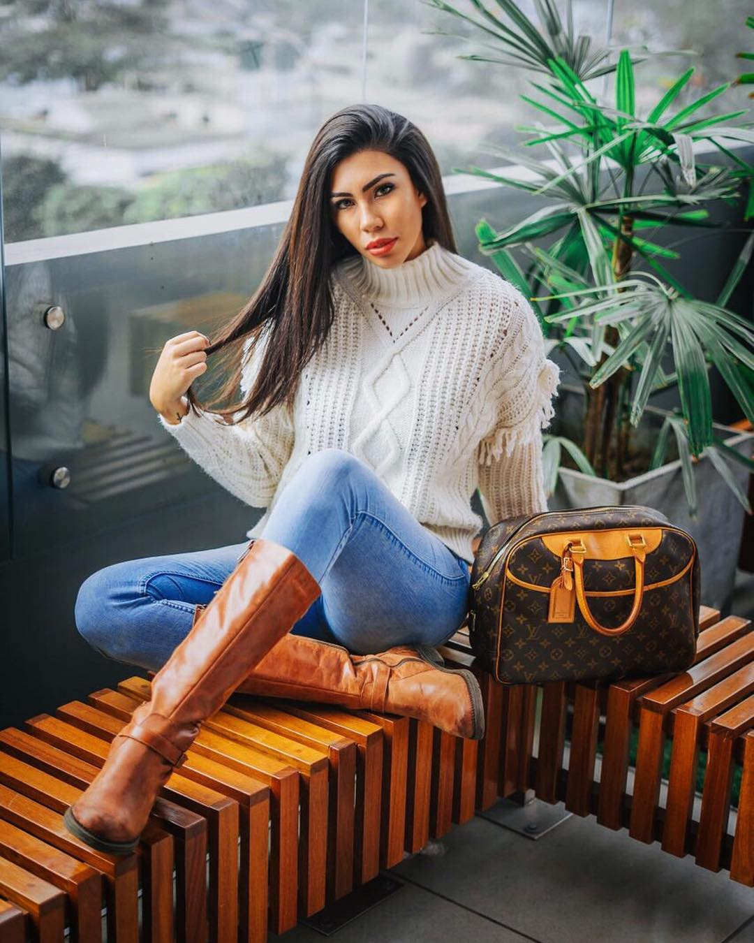 giuliana valenzuela, miss intercontinental peru 2018-2019. 41911710