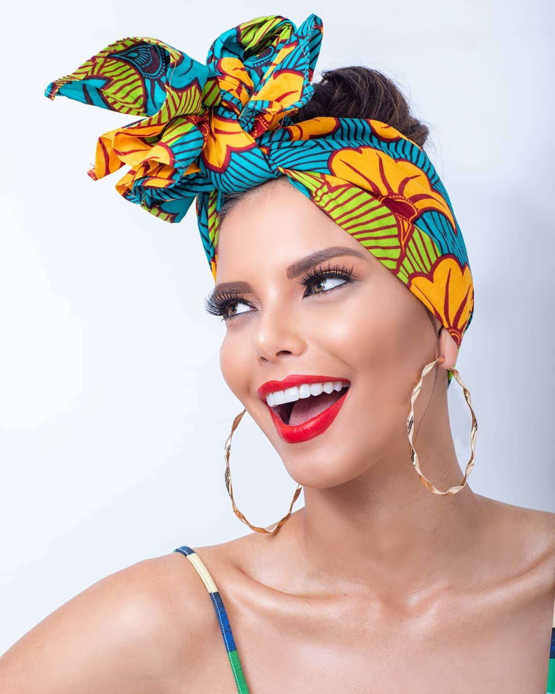 yaiselle tous, miss supranational colombia 2019. - Página 3 42941810