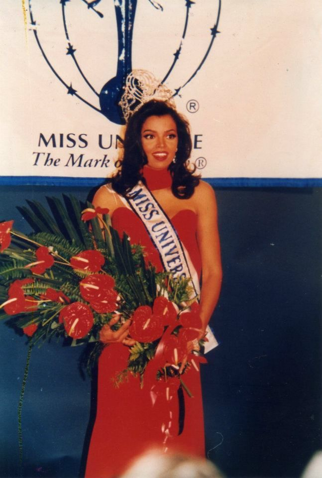 chelsi smith, miss universe 1995. † 43ad6310