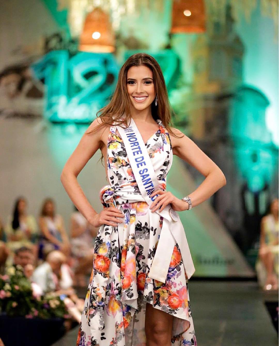 laura claro, primera finalista de reyna hispanoamericana 2019. - Página 2 44369210