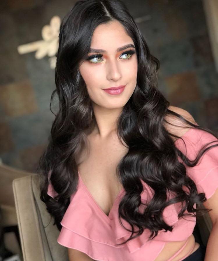 angela leon yuriar, top 21 de miss grand international 2020. - Página 3 44529210