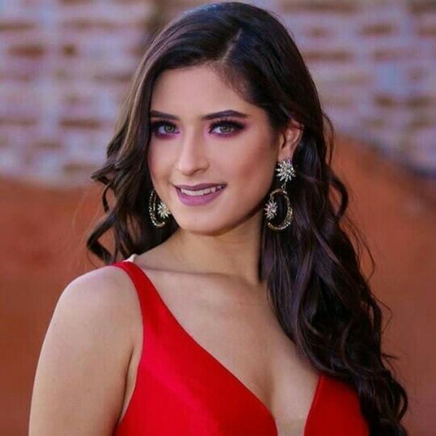 angela leon yuriar, top 21 de miss grand international 2020. - Página 3 46977211