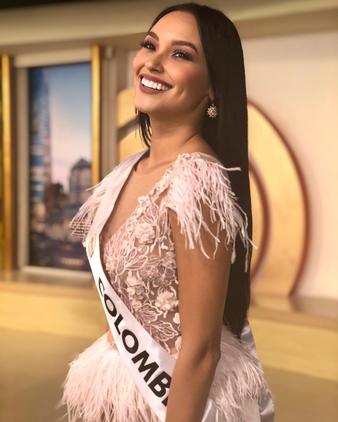 hillary hollman, 3rd runner-up de miss intercontinental 2018-2019. - Página 5 49421912