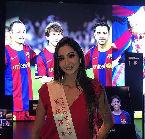 laura osorio hoyos, miss colombia mundo 2018. - Página 6 4tufui10