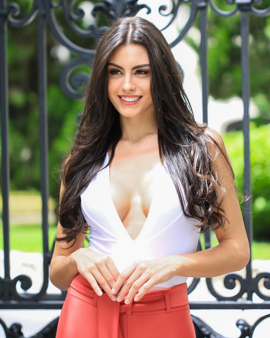 marjorie marcelle, top 5 de miss grand international 2019. 50740911