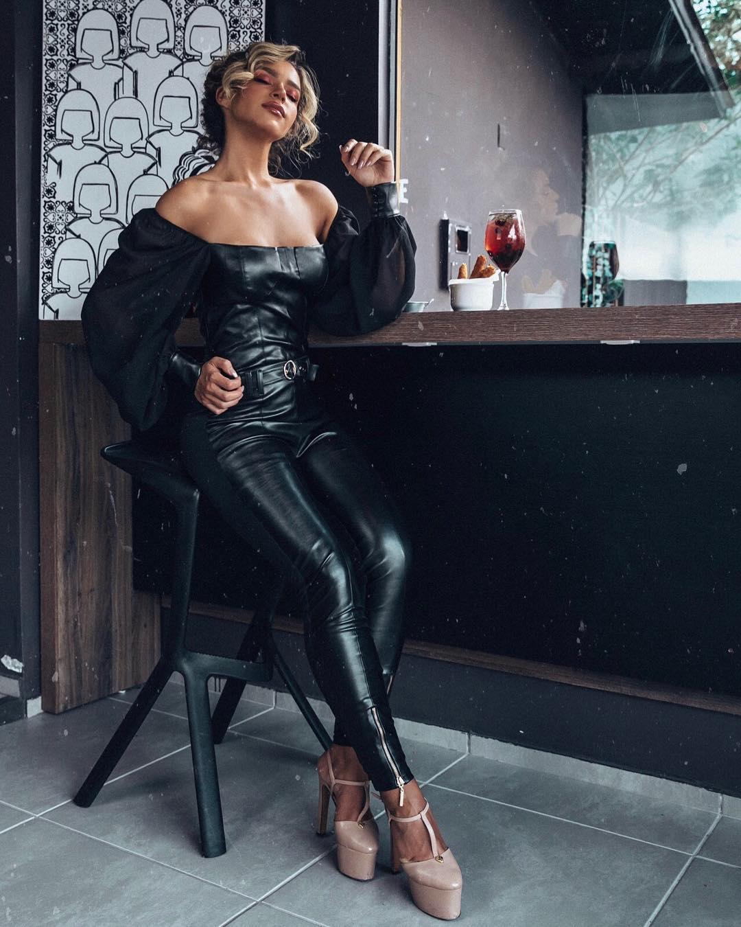 amanda cardoso, miss grand espirito santo 2019/3rd runner-up de miss intercontinental 2017. - Página 13 50890010