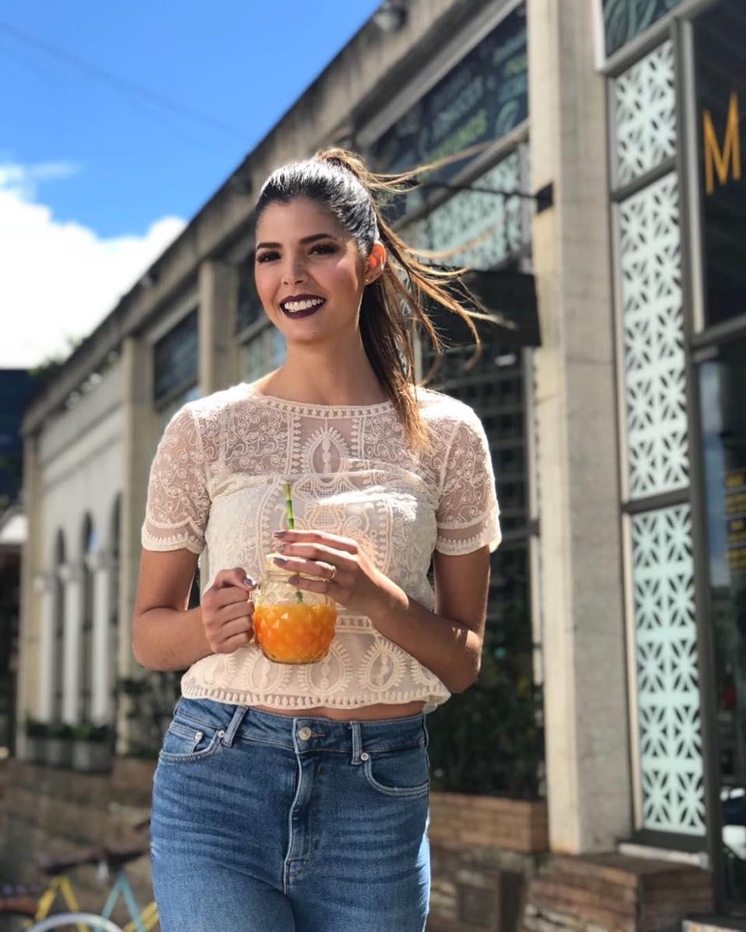 anabella castro, 4th runner-up de miss international 2018. - Página 18 51078411
