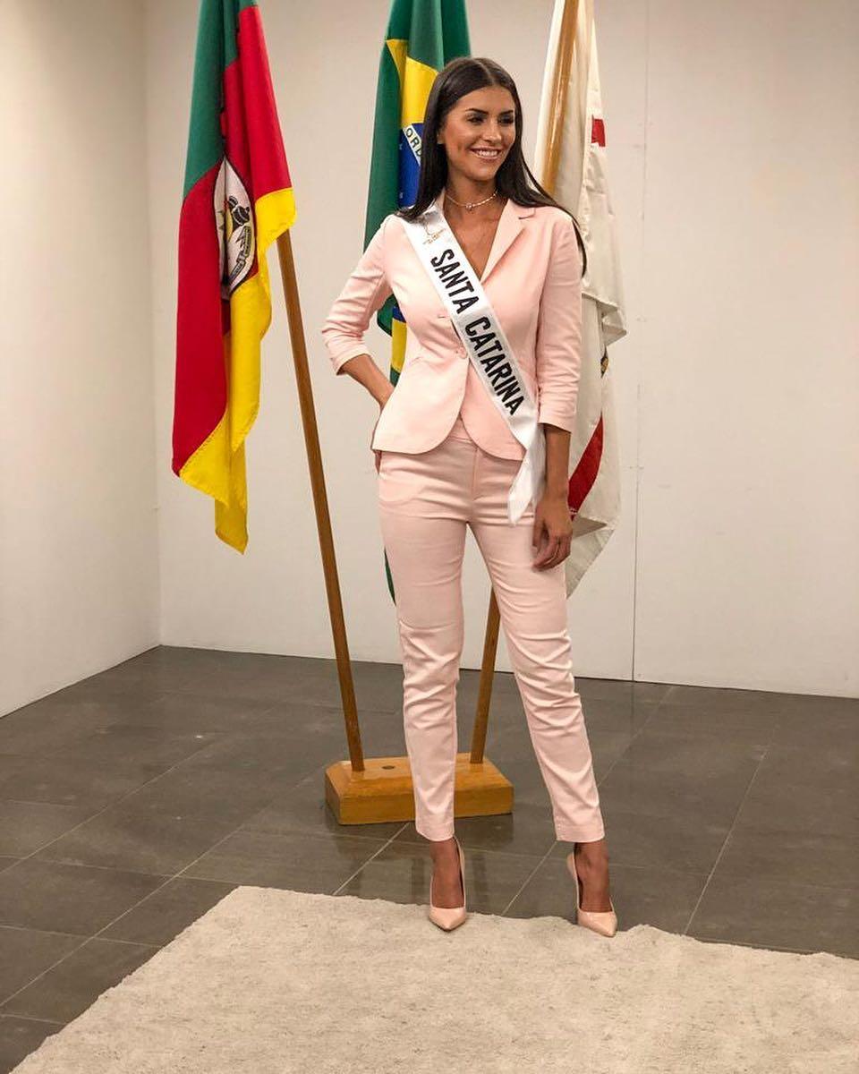 thylara brenner, miss brasil continentes unidos 2019. - Página 3 51467610