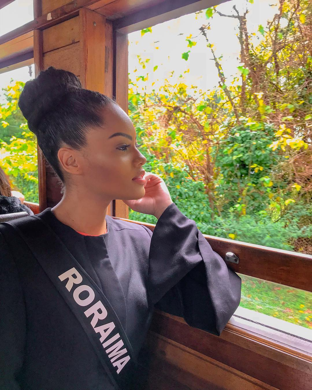 natali vitoria, top 15 de miss brasil universo 2019 /miss brasil teen universe 2017. primeira miss negra a vencer o miss roraima. - Página 11 51858210